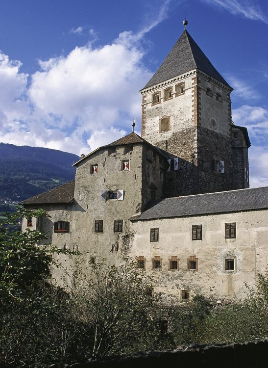 Castles in the Isarco Valley