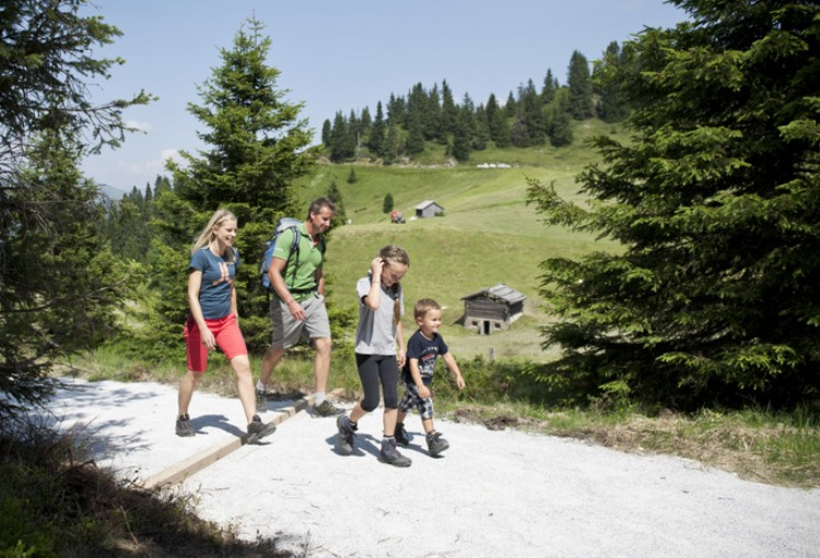 Hiking with the family in Val Racines